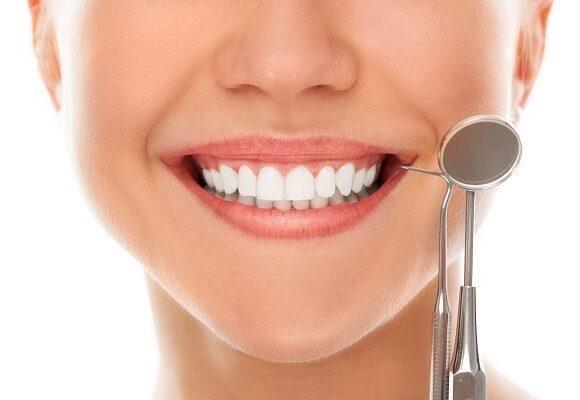 Straighten Teeth with Invisalign Dentistry